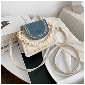 Fashion Letter Contrast Color Crossbody for Women Acrylic Chain Handles Shoulder Bag Ladies Casual Pu Leather Small Handbag Q1110