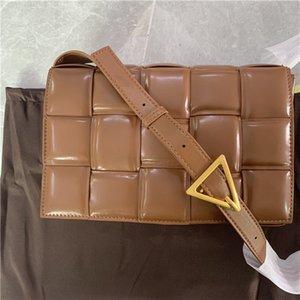 mulheres correspondência bolsas bolsas de moda nova tendência senhoras de couro bolsa de câmera Joker mensageiro ocasional saco de cor de banda larga sacos pequenos quadrados