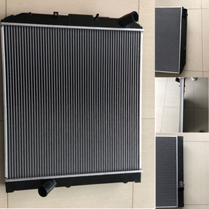 Car Water Tank Radiator Intercooler Radiator Tube Water Tank Engine Cooling System Accessories Suitable for HINO 300 High Quality