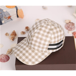 Wholesale 2021 high quality canvas fashion lattice pattern designer outdoor travel sun hat European and American brand ball caps with box