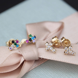 Fashion Design Womens Gift 18K Gold Plated CZ Micro Pave Copper Cross Stud Earring for Wholesale