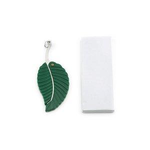 الأخضر صغيرة قابلة للطي سكين جيب شكل ورقة التصميم سلسلة المفاتيح سكين معسكر في الهواء الطلق سكين الفاكهة التخييم المشي لمسافات طويلة بقاء أداة GGB2255