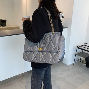 Casual Quilted Large Capacity Tote Shoulder Bags Designer Chain Handbags Luxury Down Cotton Crossbody Bag Female Purses Winter C0326