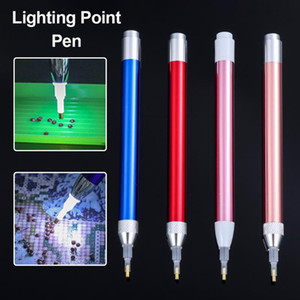 1pc Diamante Pintura Herramienta de iluminación Punto de iluminación Pen 5D Pintura con diamantes Pen Cross Stitch Accesorios de costura DIY Sin batería