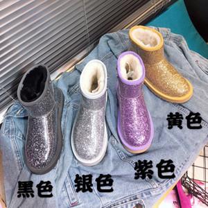 2020 Nouveaux Designers Bottes de neige Femmes Mode Hiver Casual Casual Appartements Outfores Boot Dame Botte de la cheville Chaud Bottes en PVC Noir Taille 35-40 # U25