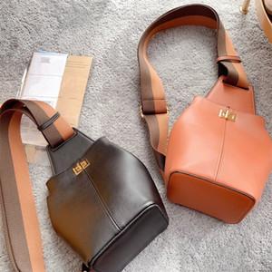 Nuovo sacchetto del toracquino Borsa a tracolla Donne da donna Borse a tracolla Classic Sacchetti toracici Migliore della borsa di qualità Dimensioni 27 * 13 cm
