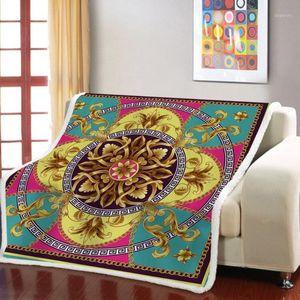 Euporean Pattern Cooked Одеяло Золотые Цветы Флисовые Одеяло для спальни Носимый 3D Распечатать Винтаж Барочный Бросок1