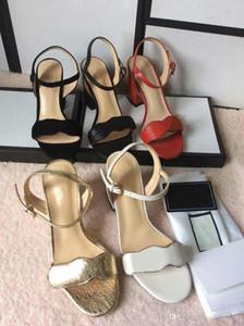 2020 Vente chaude Nouveaux désingers Chaussures Chaussures Filles Mode Mode Moyenne Talons Sandales Cuir Soft Tige Ouvert Dîner Ouvert Dîner en plein air Taille 42 41 9