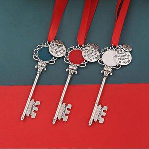 Noel kar tanesi Anahtarlık kolye dekorasyon Sihirli Noel Baba Noel ağacı Süsler hediyeler DIY Kolye Takı parti FFA4475-6 sahne
