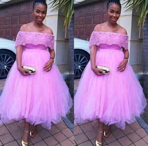 Short Homecoming Dresses Lace Bateau Neck Prom Dresses Zipper Back Tea Length Tulle Cocktail Party Gowns A Line Cheap Special Occasion