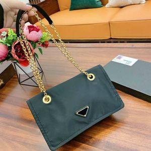 High-quality Women Crossbody Shoulder Chain Bags Fashion New Handbag Lady Small Size Tote Black (26*17cm) PD20102306
