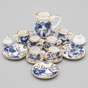 Odoria 1:12 Minyatür 16 adet Mavi Çiçek Patten Porselen Kahve Çay Bardağı Seramik Sofra Dollhouse Mutfak Aksesuarları LJ201211