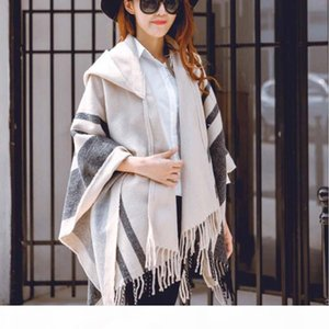 Fashion Womens Poncho Wraps Hooded Cape Coats Cardigan Batwing Pashmina Shawl Scarves Ladies Winter Cloak Coats Tassel Outwear