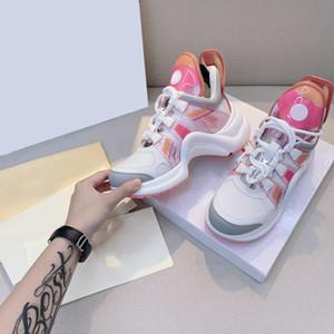 2021 Alter DAD Sneaker-Trunk Zeigen Frauen Lässige Sneaker-Schuhe im frühen Frühlingsschock, der alten DAD Sneaker absorbiertLouis Schuhe mit Box.