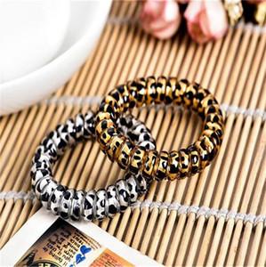 Frauen-Haar-Ring-Leopard-Druck Telefon-Draht-elastisches Haar bindet Mädchen Haarband Armband Stretchy Haar Scrunchies Seile Zubehör LY10162