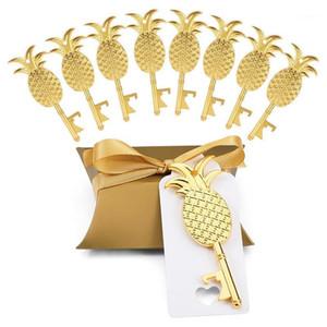 50 x Modekissen Candy Box Goldene Ananas-förmige Flaschenöffner Tag Ribbon für Hochzeits-Favoriten-Party-Geschenke Event Supplies1
