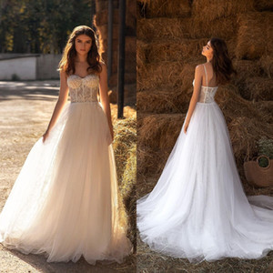 2021 Bohemian Wedding Dresses Spaghetti Straps Lace Appliques Bridal Gowns Custom Made Open Back Sweep Train A Line Wedding Dress