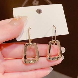 Fashion Metallic Designer Earrings For Women 2021 New Jewelry Delicate Geometric Earings Wholesale