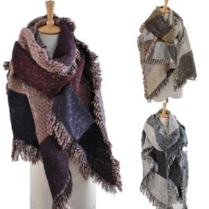 Le donne di lana sciarpa cardigan patchwork a quadri Poncho Capo nappa inverno coperta calda mantello dello scialle Outwear Coat favore di partito 205 * 65cm GWA1868
