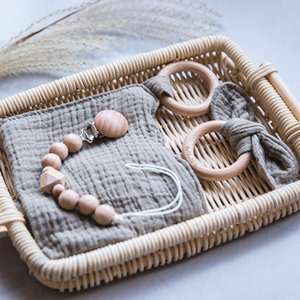 1 Set Set Pacifier Clips Catena Cotton Baby Baby Bibs Teether Saliva Asciugamano Asciugamano Ciuccio Catena Bunny Ear Wooden Baby Gym Anello Dentizione Braccialetto Y1221