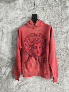 2021 Bahar ve Güz Yeni Moda Erkek Tasarımcı Delik Ve Hasarlı Dekorasyon Kırmızı Hoodies ~ ABD Boyutu Hoodie ~ Mens Tasarımcı Hoodies Tops