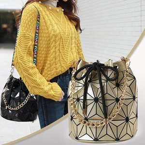 Fashion Lady Geometric Handbags Plaid Chain Shoulder Bags Crossbody Bags Drawstring Bucket Bag Storage Diamond Bag Handbag Women DBC DH0666