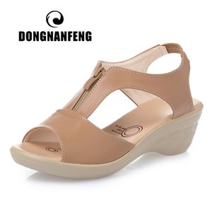 DONGNANFENG Women Old Mother Laides Female Sandals Shoes Cow Genuine Leather PU Beach Summer Cool Zipper Size 35-43 PGP-1153 201021