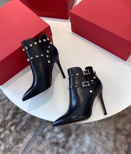 Mode d'hiver rock Goujons Bottines femmes noires en cuir véritable Bottes Femme Martin Booty Confort Femme Chevalier Bottes EU35-42, avec la boîte
