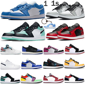 Jumpman Basse 1 1S Unc Scum Light Fumée Gris Chaussures de basketball Shadow Slicago Emerald Black Tee Travis Scotts Formateurs Hommes Femmes Sneakers