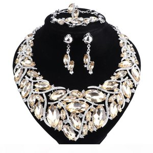 2018 New Fashion Rhinestones Crystal Statement Necklace Bridal Jewelry Sets Decoration Necklaces Jewellery Gifts for Women