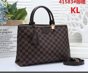 IV1 de haute qualité célèbre sac à bandoulière femmes Petit sac à bandoulière couleur grand Zipper Mini carré Sacs mobile femmes Sac Messenger 2VE sacs