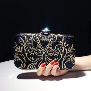 Kleine Handtaschen Damen Clutch Bag Weibliche Abendtasche Neue 2020 Cheongsam Kleid Clutch Stickerei Chinesischer Stil