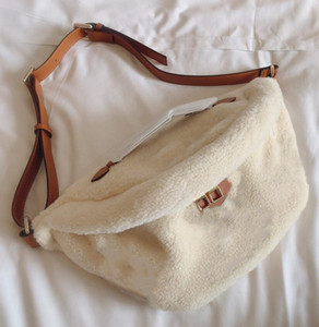 허리 가방 크로스 바디 가방 최고의 자수 가슴 가방 남성 패션 스포츠 유니섹스 싱글 어깨 가방 최신