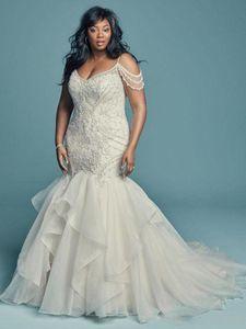 2021 Gorgeous Beaded Mermaid Wedding Dresses White Appliques Sheath Boho Bridal Gown Plus Size Beach Wedding Dress Vestido De Novia