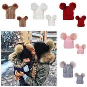 0-3T Bebek Çocuk Tığ kasketleri Kadın Kış Şapka Kafatası 2 Big Top Poms E101904 ile Oluklu Örme Tuque Örme Şapkalar Eşleştirme Anne Kızlar Caps