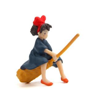 مصغرة ساحرة دمية مع مكنسة هاياو ميازاكي الفيلم الشهير والهدايا التذكارية والهدايا لطيف لديكور المنزل الاطفال