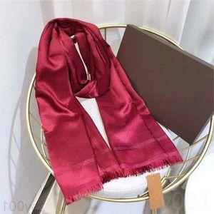 Bufanda de seda moda hombre 4 temporada chal bufanda letra bufandas tamaño 180x70cm 6 color de alta calidad HDTI