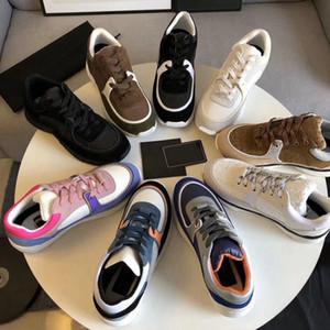 Zapatos de lujo diseñadores Zapatillas de deporte para hombres Mujeres Zapatillas de deporte al aire libre Cáscara Casual Sneaker Chaussures 9 Colores Chaussures Verter Femmes