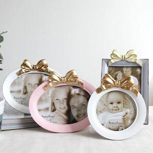 Горячий продавать Новейший 4 дюйма 5 дюймов 7 8 Творческий Pendulum, Bow Tie рамки, домашнее украшение, Photo Studio Photo Frame