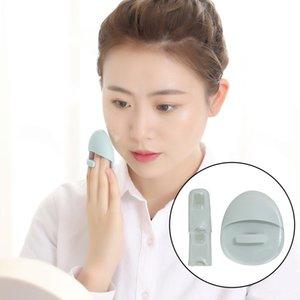 Silicone Face Cleansing Brush, Silicone Face Scrubber Lip Exfoliating Brush for Sensitive Delicate Skin Mini Exfoliator