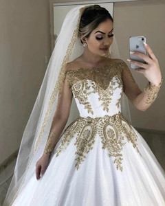 Luxury Dubai White And Gold Wedding Dresses Sheer Long Sleeves Bateau Neck Appliqued Sparkly Sequins Lace Formal Bridal Gowns