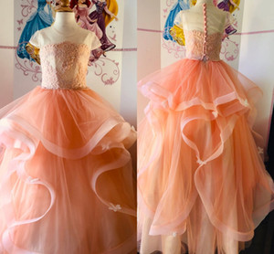 2021 Lovely Coral Ruffled Girls Pageant Dresses Ball Gown Sheer Neck Applique Soft Tulle Pleated Beaded Kids Infants First Communion Dress