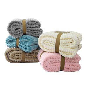 Couvertures de flanelle à rayures Jagdambe pour lits Coralon Solid Col en molleton Lit d'hiver Linge de lit Sofa Couvre-lit Couvre-lit Soft Fluffy Couverture LJ201127