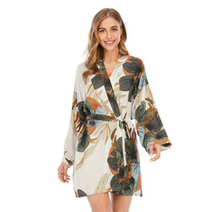Szlafrok 2020 New Cotton Silk Pyjamas Damen Frühlings-Herbst-Cardigan Printed tragen langärmelige Nachtwäsche Kimono Bademantel
