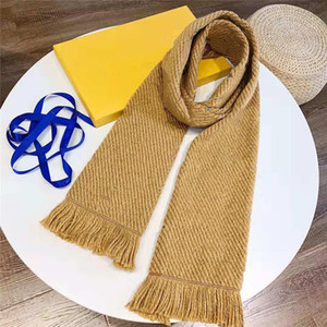 Women Scarfs With Colorful Pattern Autumn Spring Winter Warm Scarves Unisex Wraps Four Colors Options Wool Quality