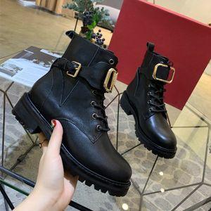 Moda İngiliz Valentino Boots Yuvarlak Tasarımcı Kadınlar Platformu All Star Lüks Casual Göster Flats Kalın Sole Gerçek Deri Ayakkabı Boyut 35-41