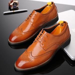 2020 جلدية عالية الجودة الأعمال عارضة أحذية الرجال الفاخرة مكتب اللباس ذكر تنفس أوكسفورد للرجال للرجال الرسمي