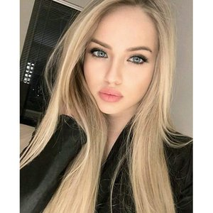 Long Straight Hair Wig Blonde Middle Part Silk Straight Hair Wig Cosplay Party Replace Synthetic Full Wig With Hairless Lace