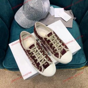 2020 Son Çiçek Teknik Tuval Sneakers Eğik Rahat Yüksek Kaliteli Spor Ayakkabı Kadın Ayakkabı Lusso Ayakkabı