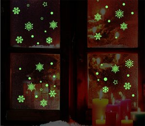 Christmas Luminous Stickers Snowflake Fluorescent Xmas Wall Sticker Merry Christmas Children's Bedroom Decoration DHL Free Shipping ZZF2108